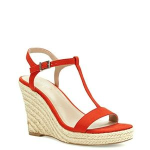 🆕️Charles David T-Strap Wedge Sandals